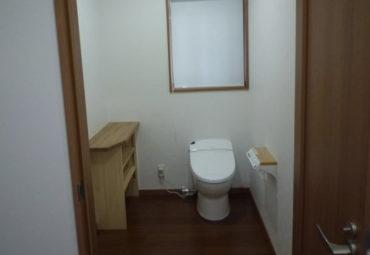 車いす使用者に配慮したトイレの画像