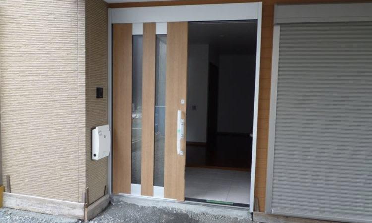 車いす使用者に配慮した玄関の施工画像
