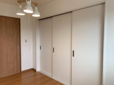 32坪4LDKの家の子供室連結|間仕切り閉じた画像