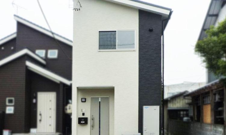 島田市の22坪2階建て2LDK間口2間の家の外観
